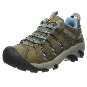 Keen Voyageur lace up hiking shoe brown blue